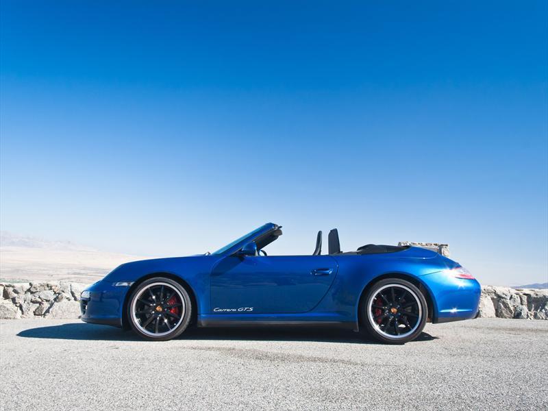 Porsche 911 Carrera GTS 2011