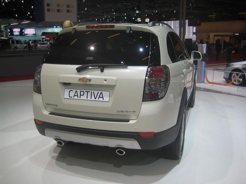 Chevrolet Captiva 2011 en París 2010