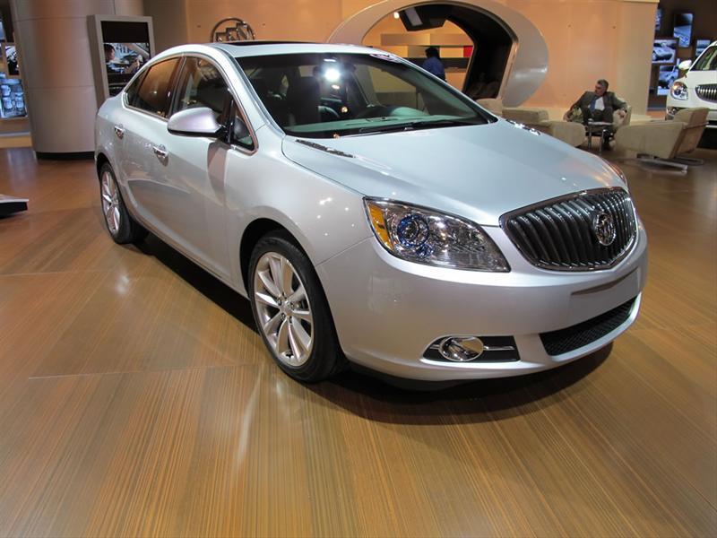 Buick Verano 2012 en el Salón de Detroit 2011