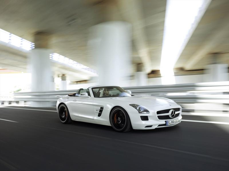 Mercedes-Benz SLS 63 AMG Roadster 2012