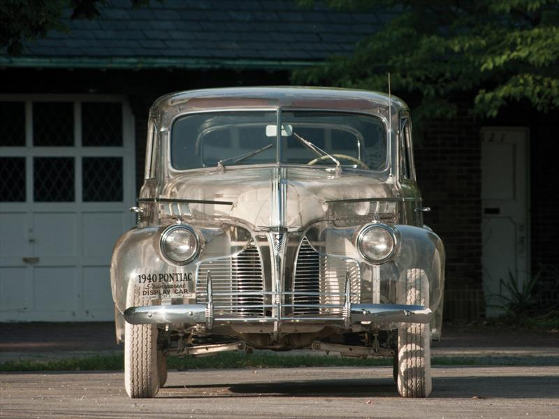 Pontiac Deluxe 6 Ghost Car