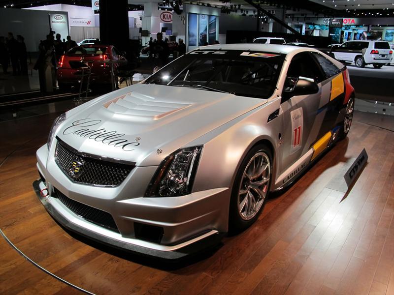 Cadillac CTS - V Coupé Racer en Detroit 2011