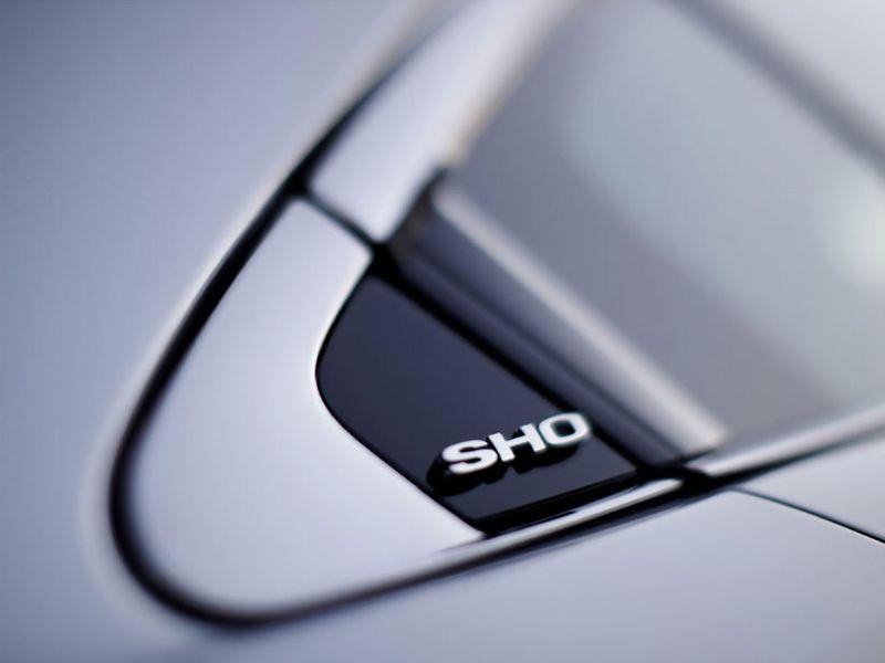 Ford Taurus SHO 2010 8