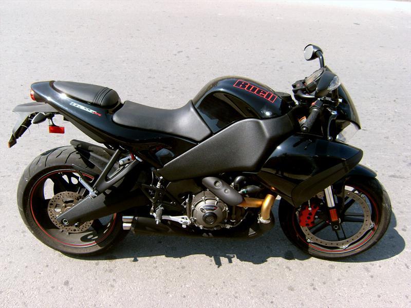 Precio y ficha técnica de la moto Buell 1125 CR 2010 - Arpem.com