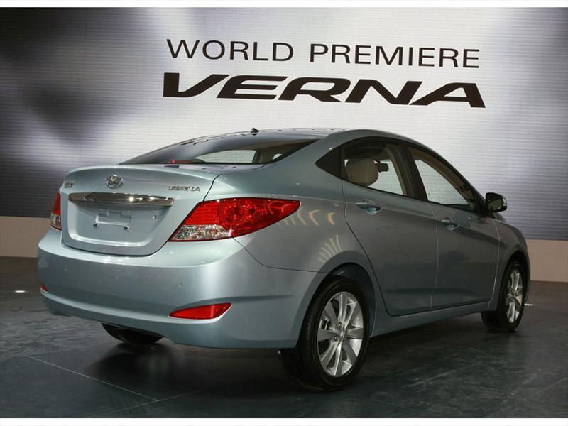 Hyundai Accent - Verna 2011