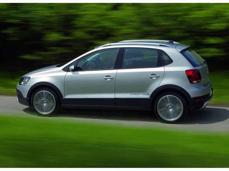 Volkswagen CrossPolo 2011