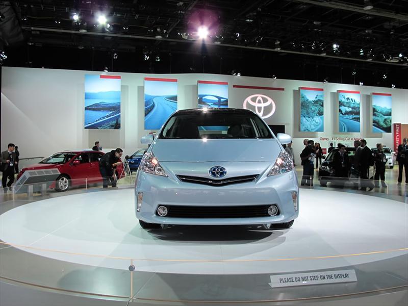 Toyota Prius V en el Salón de Detroit