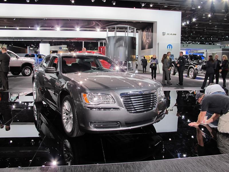 Chrysler 300 2012 en el Salón de Detroit 2011