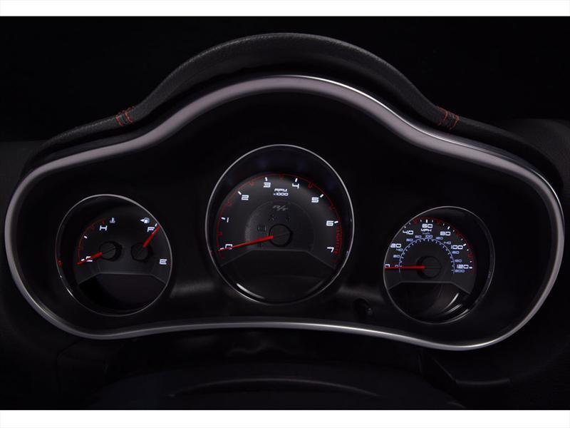 Dodge Avenger R/T 2012
