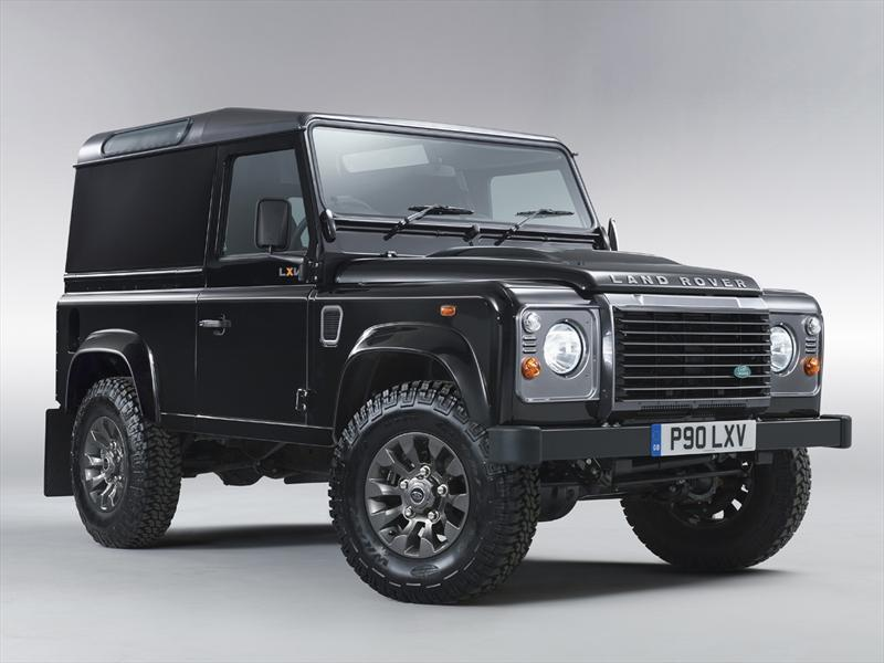 Land Rover Defender LXV Special Edition.