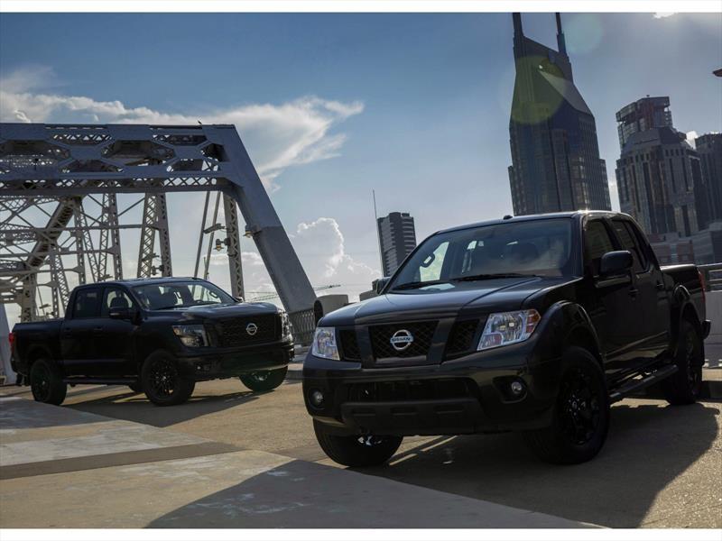 Nissan Titan y Frontier Midnight Edition 2018