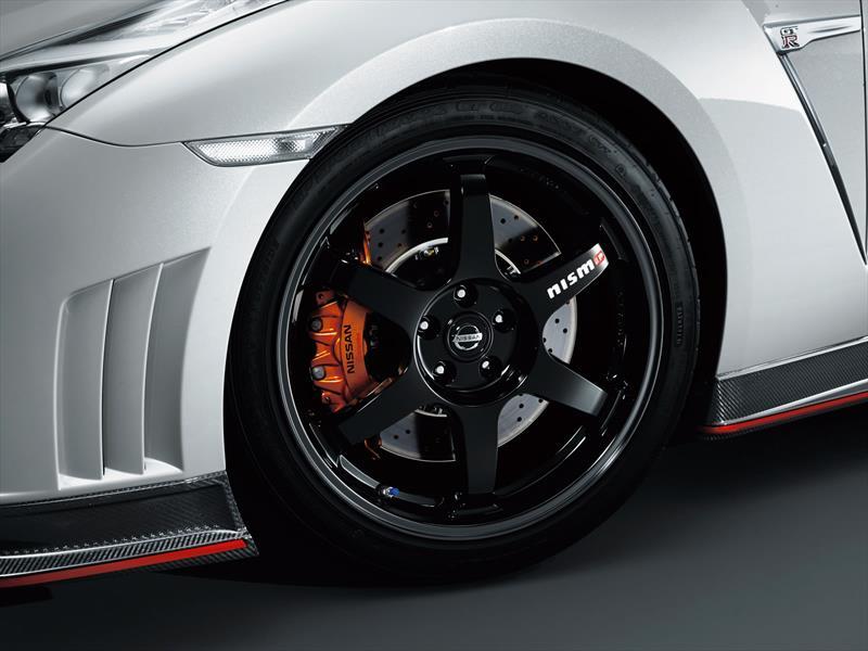 Nissan presenta al GT-R Nismo
