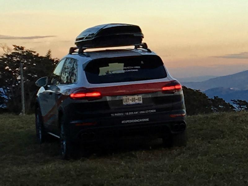 Expedición Porsche Cayenne: El Salvador