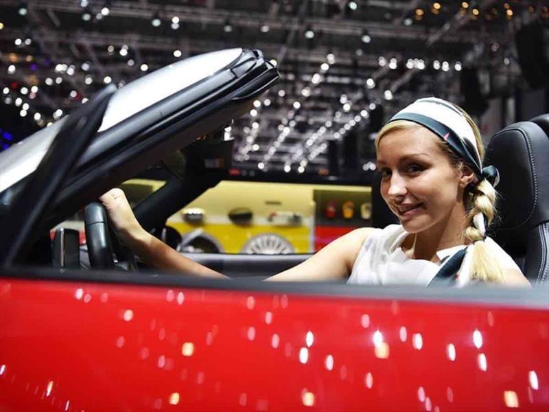 Las chicas del Auto Show de Ginebra 2017