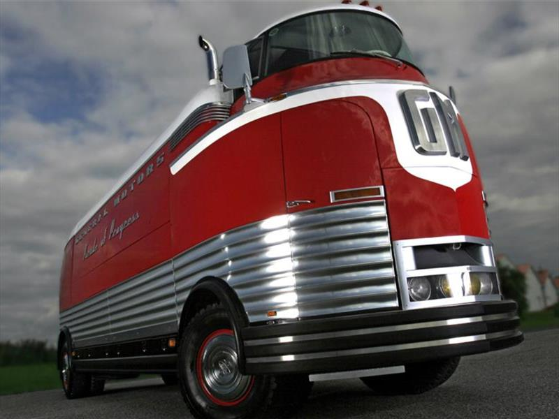 GM Futurliner Parade of Progress Tour Bus 1950