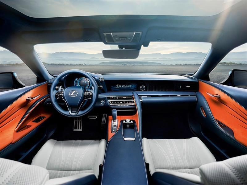 Lexus LC500 2017