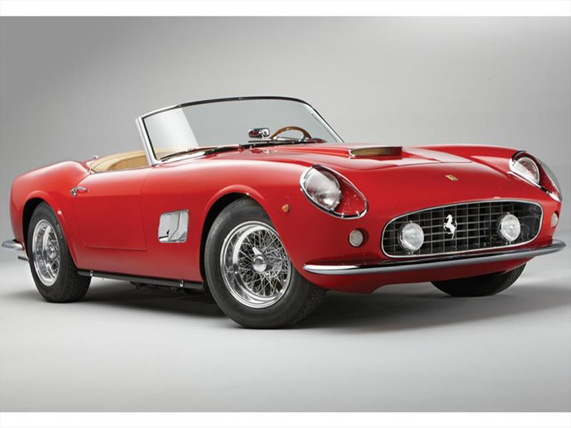 Pebble Beach: Ferrari 250GT California SWB Spider