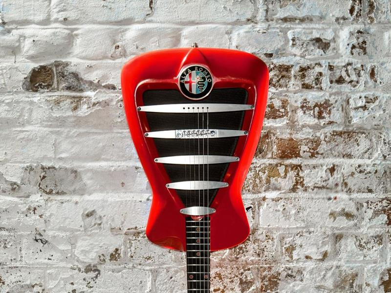 La exclusiva guitarra de Alfa Romeo