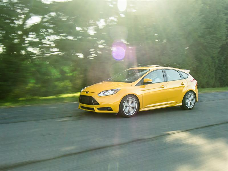 Hatchback compacto - Ford Focus ST