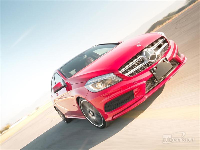 Mercedes-Benz A250 CGI Sport 2013