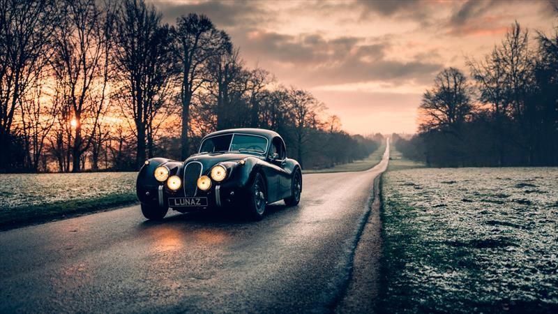 Jaguar XK120 y Rolls-Royce Phantom V eléctricos