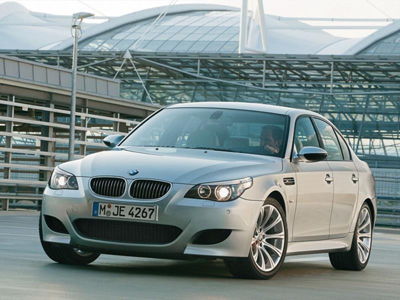 BMW M5 E60/E61 (2005)