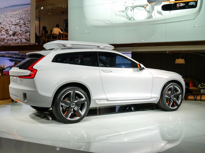 Volvo Concept XC Coupé