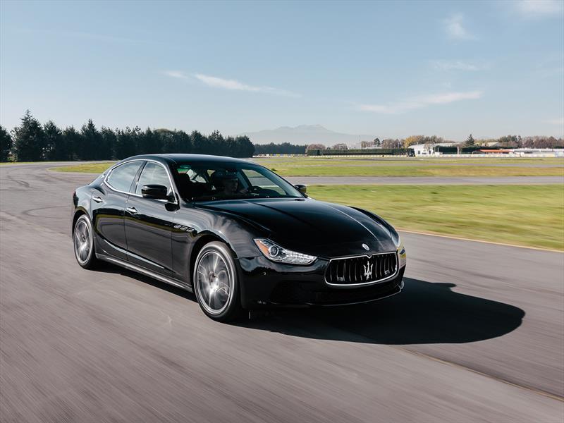 Maserati Ghibli S en pista