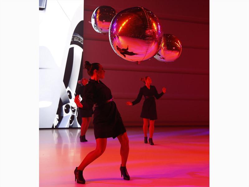 Las chicas del Salón de París 2012