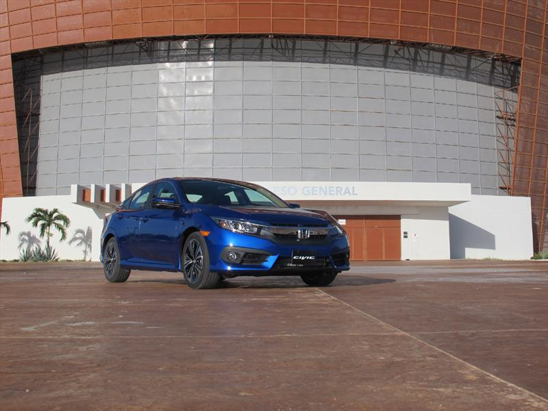Honda Civic Sedán 2016