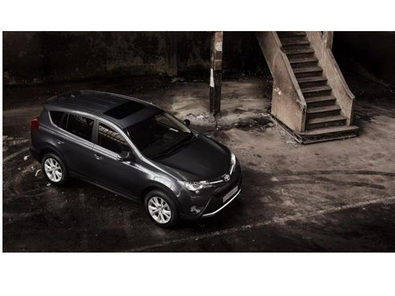 Top 10: Toyota RAV4 2013