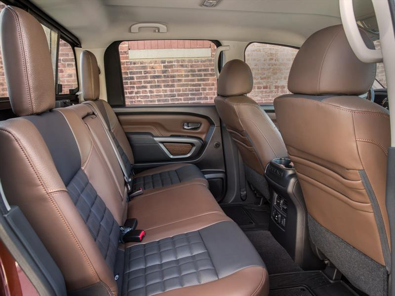 Nissan Titan Crew Cab 2017