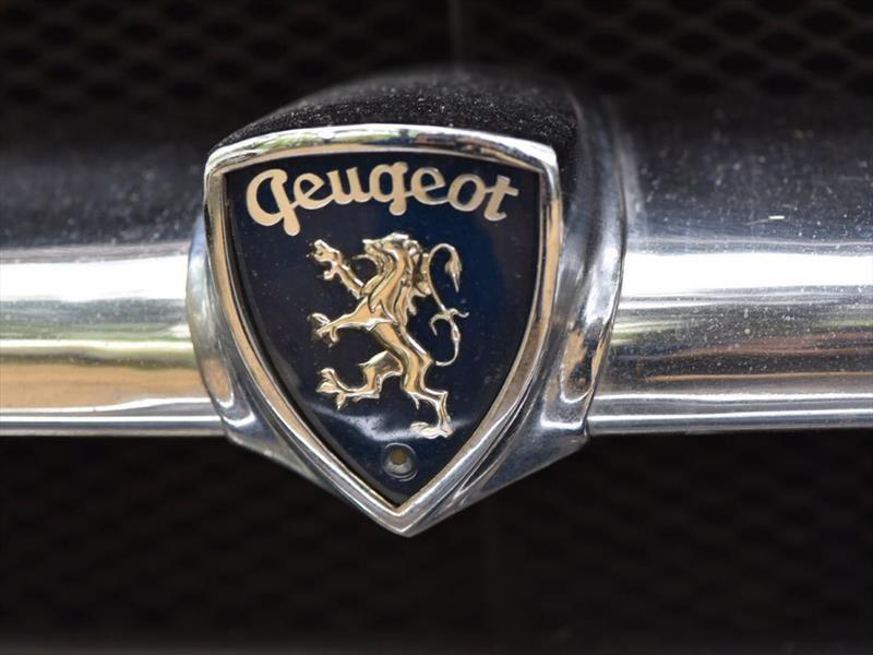 Peugeot en AutoClásica 2017