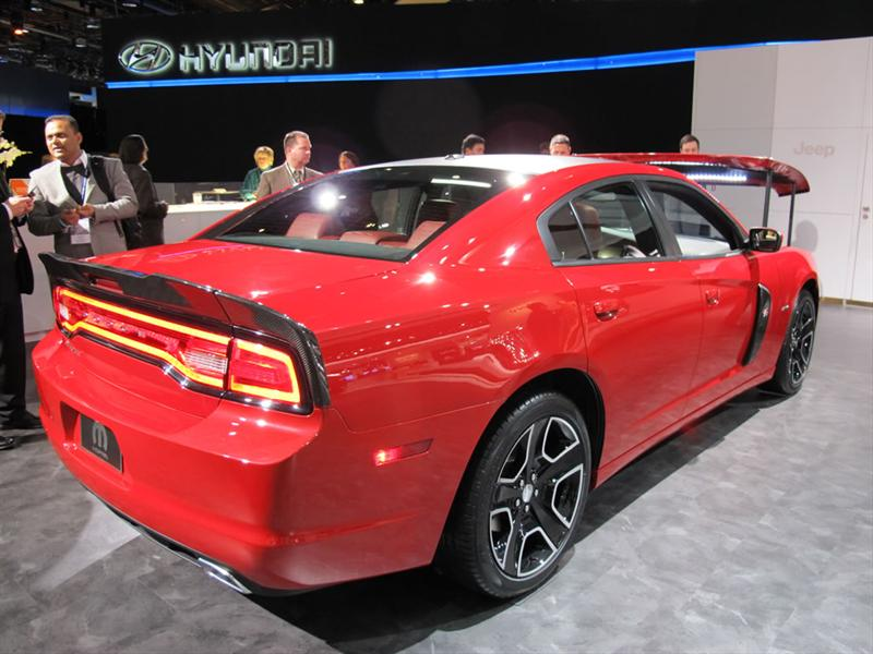 Dodge Charger Redline by Mopar en Detroit 2012