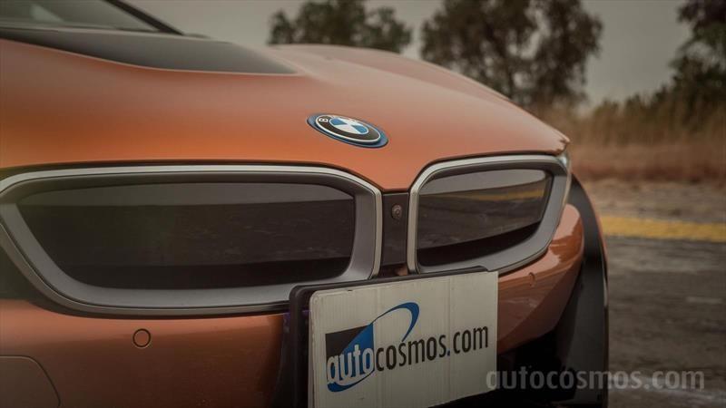 BMW i8 Roadster a prueba