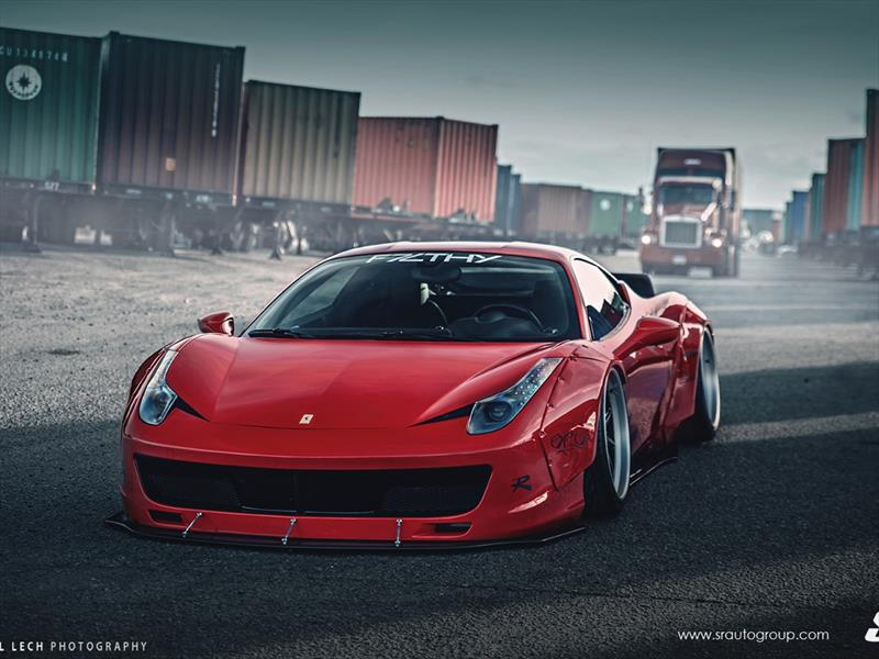 Liberty Walk Ferrari 458 Italia con rines PUR