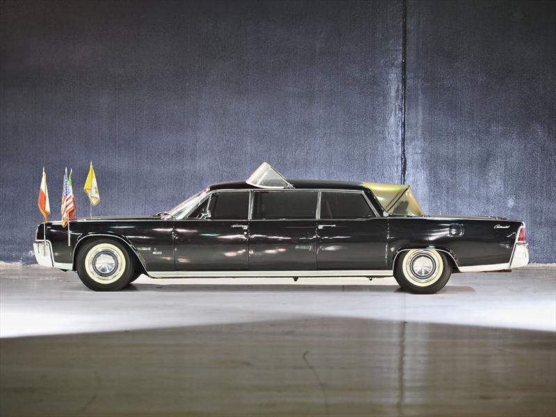 Lincoln Continental Lehmann-Peterson