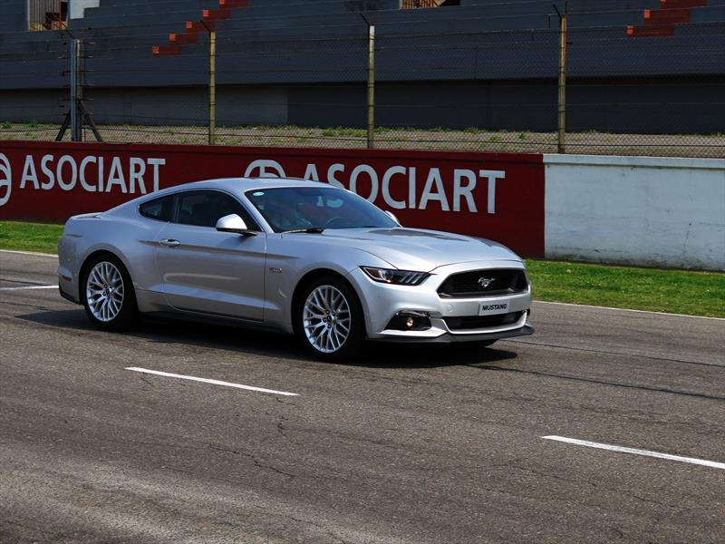 Ford Mustang en Argentina