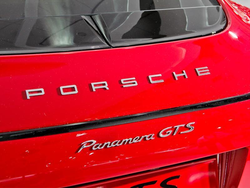Porsche Panamera GTS 2013 Salón de Los Angeles