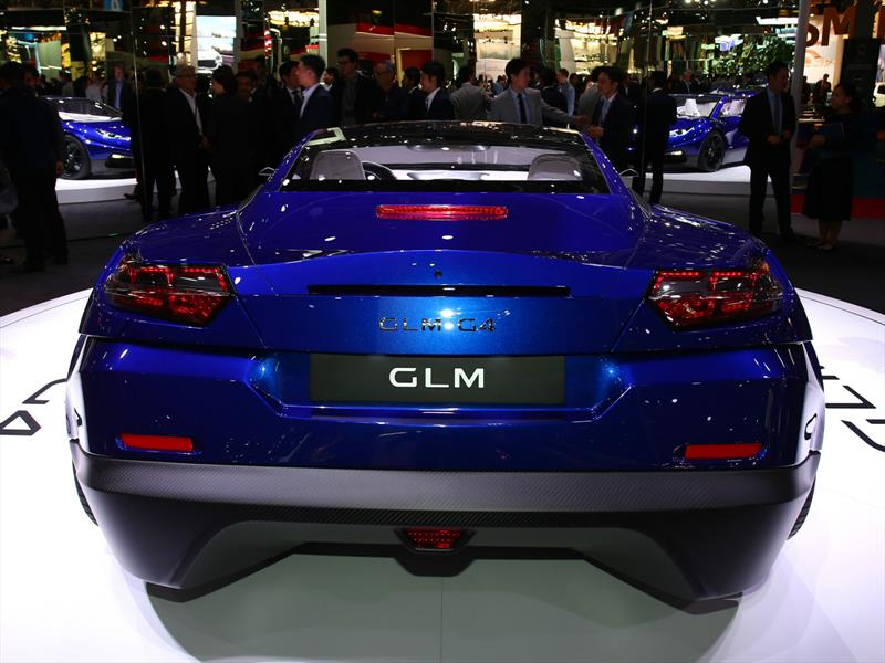 GLM-G4, eléctrico japonés en París