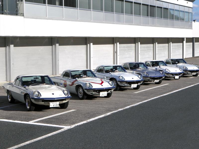 Los autos con motor rotativo de Mazda