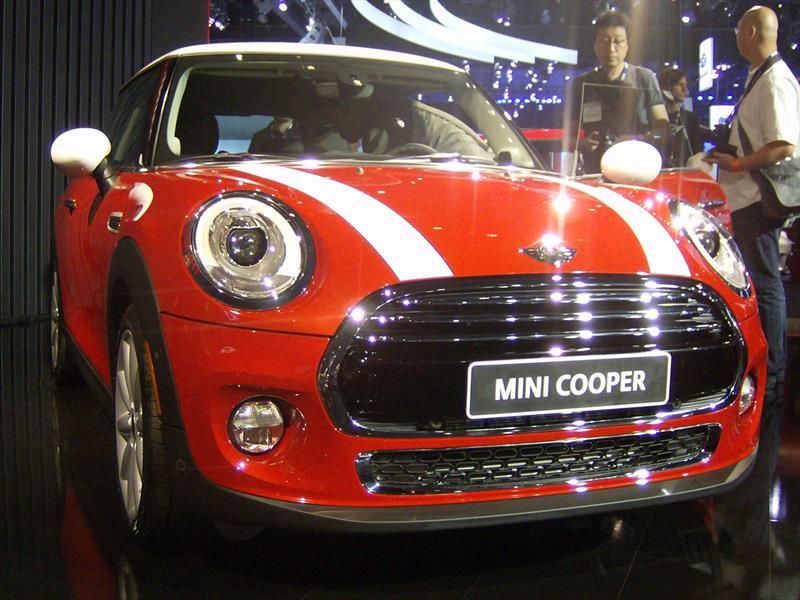 MINI cooper 2014 debuta
