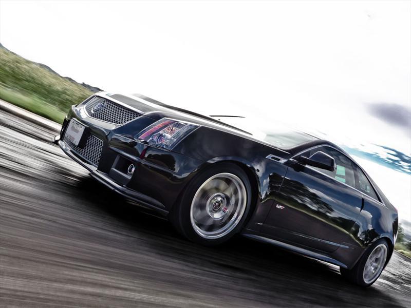 Cadillac CTS-V Coupé 2012 prueba