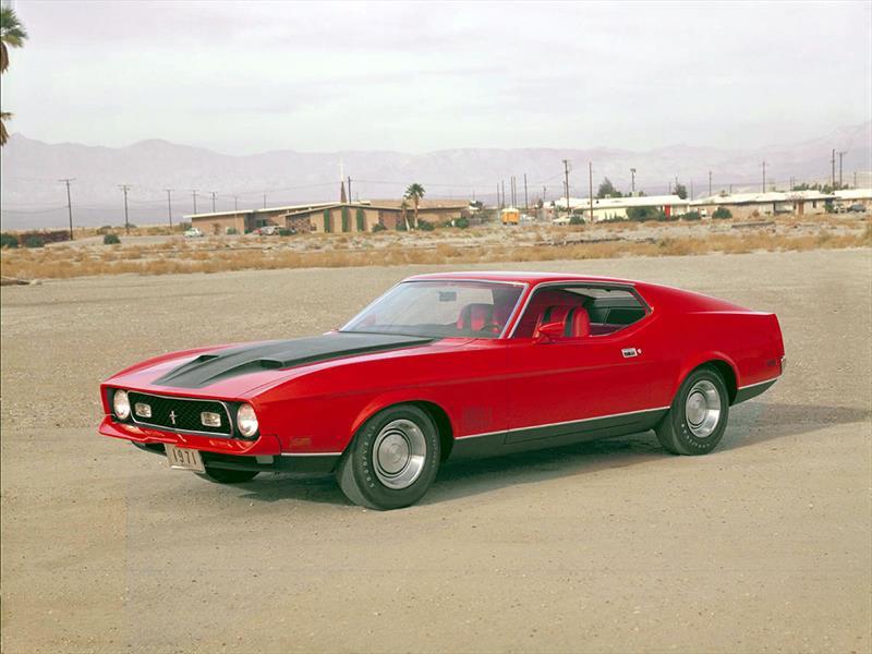 Mustang 50 años: 1971 los Mustangs más grandes