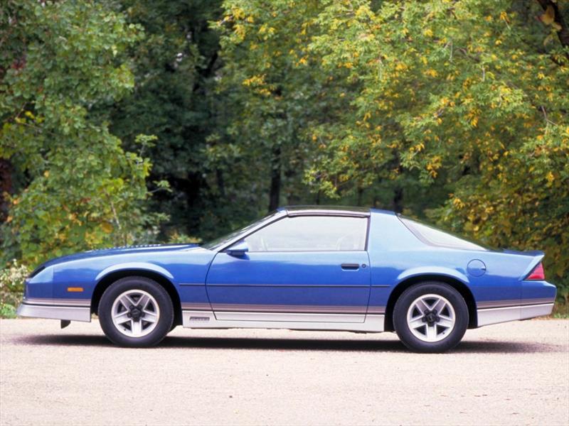 Chevrolet Camaro - Tercera Generación (1982-1992)