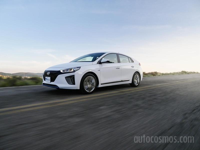 Test Drive Hyundai Ioniq