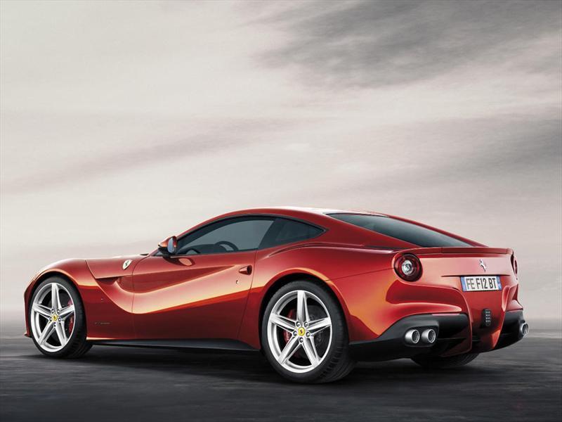Ferrari F12berlinetta se presenta