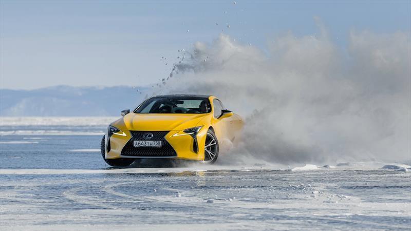 Lexus en Siberia