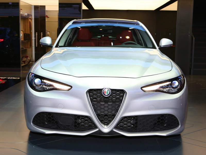 Alfa Romeo Giulia Veloce 2017
