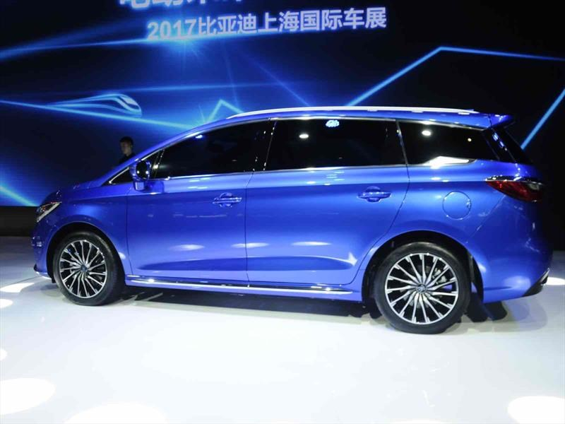 BYD M5 Song